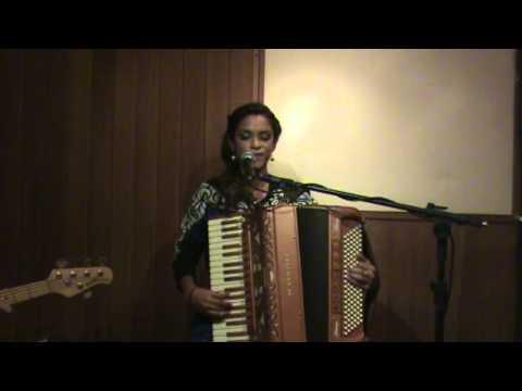 Lucy Alves - Frevo mulher / Pedras que cantam
