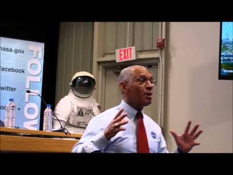 Charlie Bolden at NASA Wallops