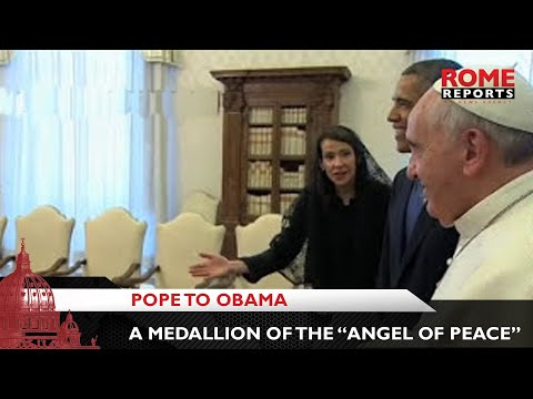 Pope to Obama: This gift isn\'t from the \'Pope\' but from Jorge Mario Bergoglio