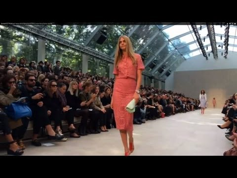 """BURBERRY PRORSUM"" Fashion Show Spring Summer 2014 London HD by Fashion Channel"