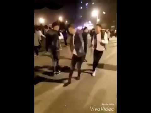 Nhảy nhịp điệu thanh niên Trung Quốc 3
