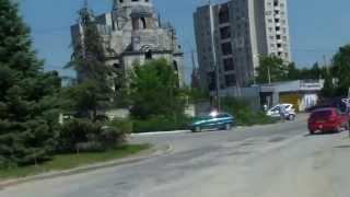 Botanica Chișinăului: drumuri desfundate, blocuri în parc și biserici