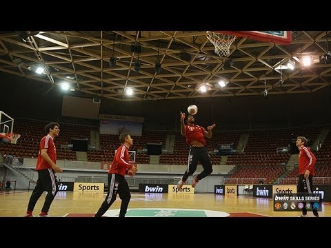 Bayern Munich stars show off their skills... on the basketball court!