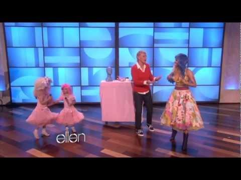 Nicki Minaj Sings 'Super Bass' with Sophia Grace (Full Version)