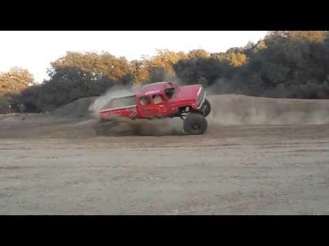 فيديو: لهذا يجب ألا تنفذ حلقات الدونات بشاحنة !