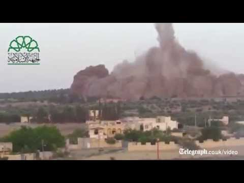Massive tunnel bomb hits Syrian army base
