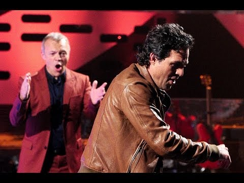 Mark Ruffalo unicycles - The Graham Norton Show - Series 15: Preview - BBC One