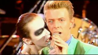 Freddie Mercury Tribute Concert: Annie Lennox and David Bowie, Under Pressure Live 1992