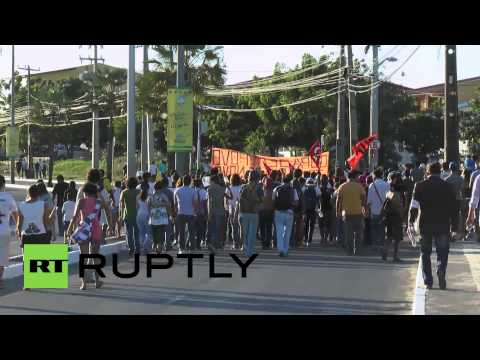 "Brazil: ""Revolutionary"" protesters march against World Cup"