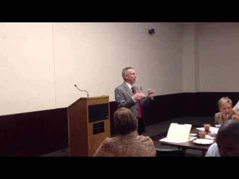 Keith Lowry speaks at Leadership McKinney Alumni Network meeting