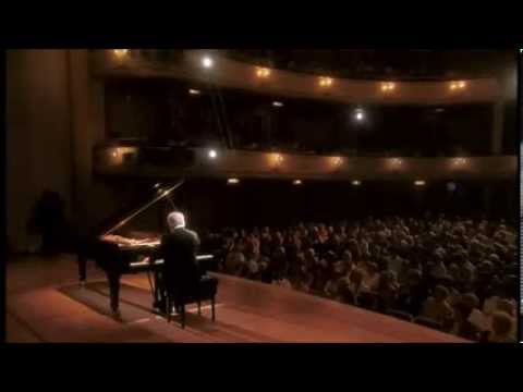 Piano Sonata No. 12 in A-flat major, Op. 26 (Barenboim)