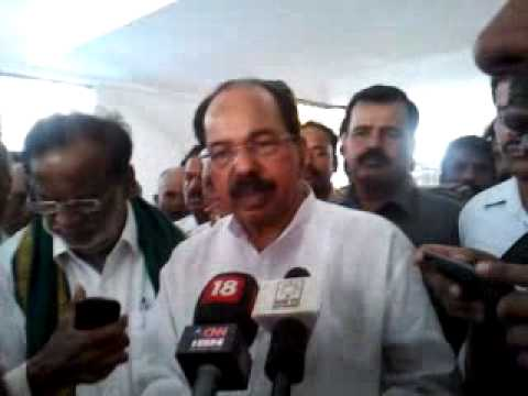 Veerappa Moily claims he did not give approvals to GM field trials