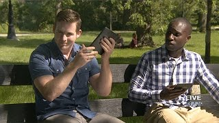 New Kindle Helps Readers Show Off By Shouting Title Of Book Loudly And Repeatedly