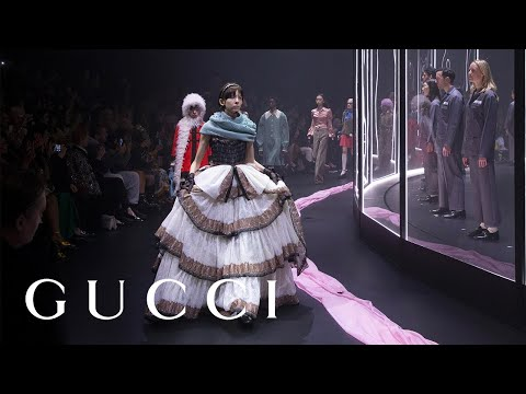 Gucci Fall Winter 2020 Women's Fashion Show