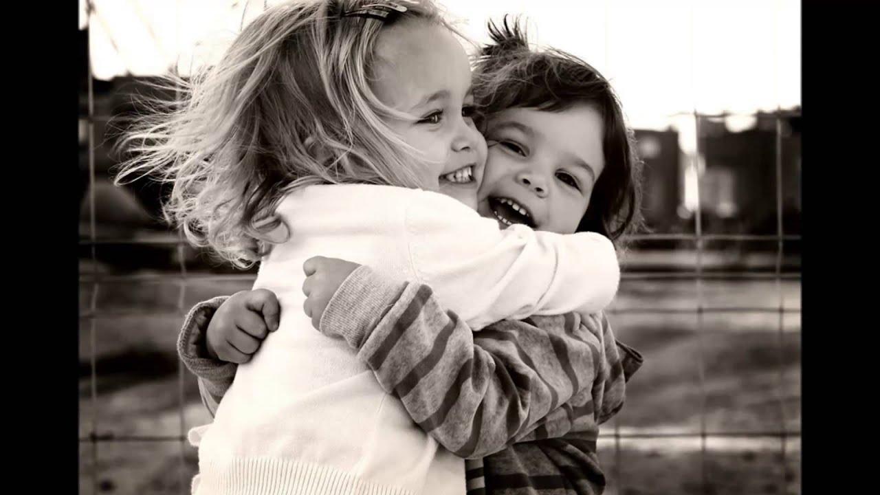 Фото подруг как они обнимаются 8 фотография