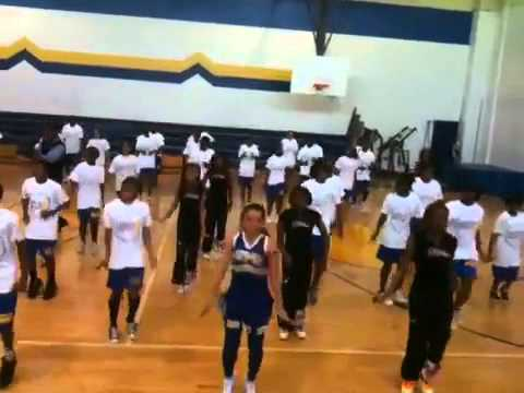 Beyonce' let's move! Flash workout.