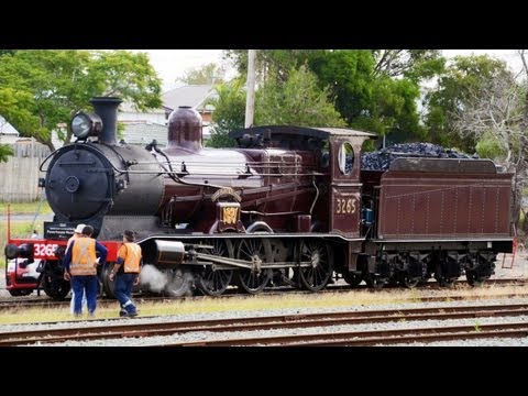Steam Locomotive LVR 3237