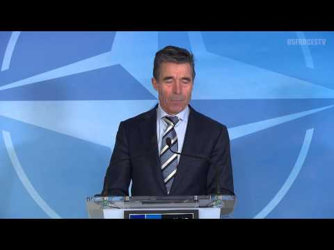 NATO warns Russia of military intervention in Ukraine (3/2/2014)