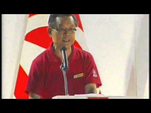 SDP's Tan Jee Say at the Yuhua SMC rally