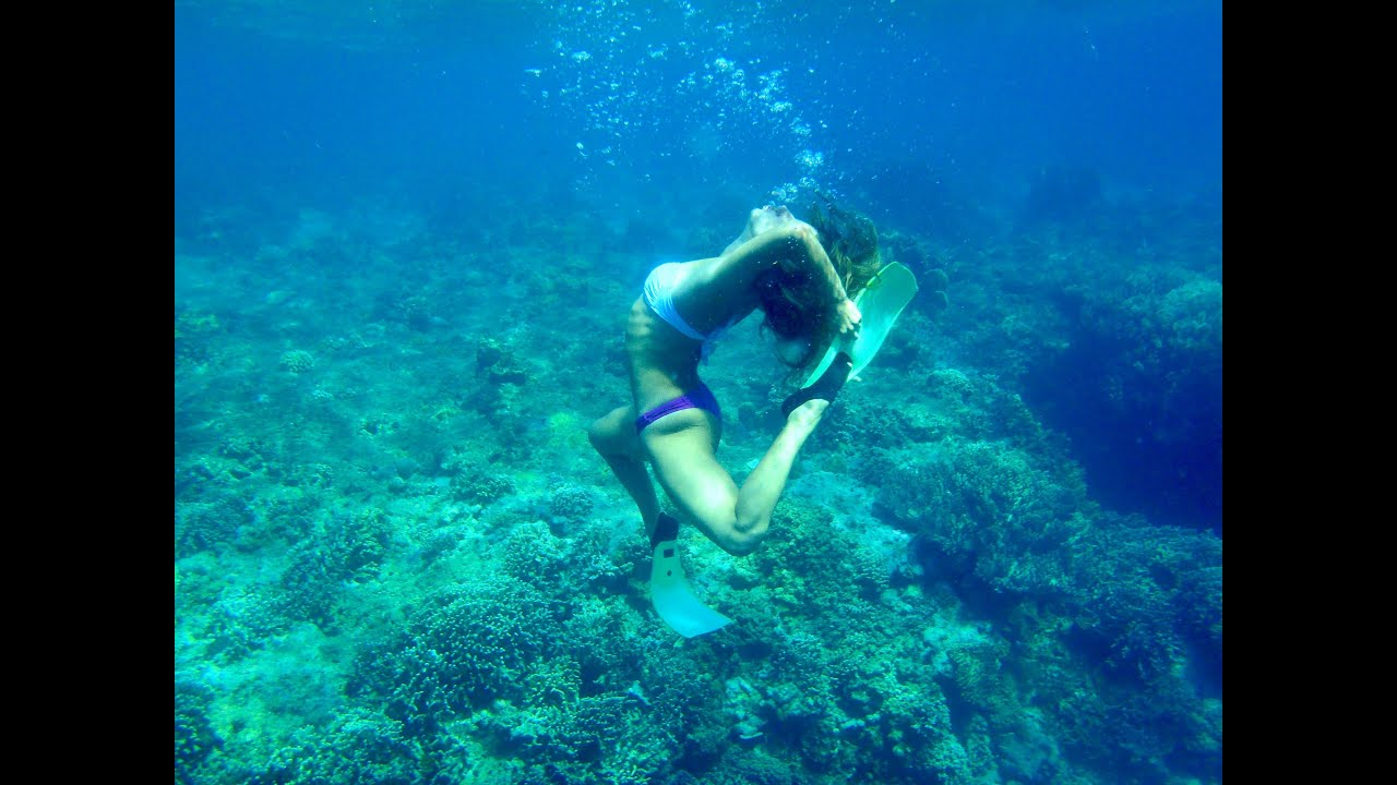 UNDERWATER YOGA :: Bali HD - YouTube
