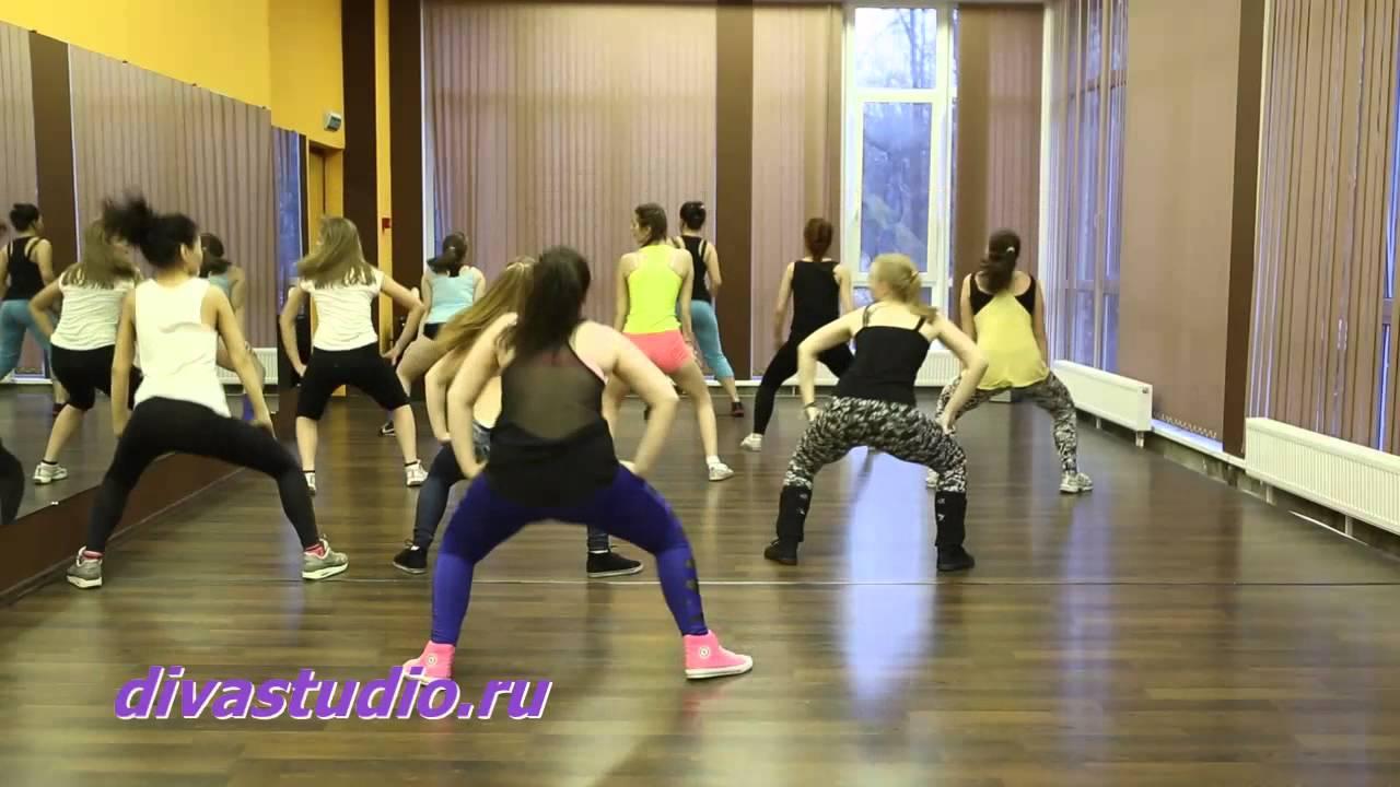 Видео танцевального урока по  Booty Dance от студии DIVA.