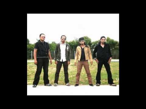 AXL'S-Kau Yang Tak Setia(lagu baru)2011