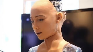Interview With Sophia, An Artificial Super Intelligent Robot Wants Job, Family, Citizenship