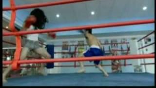 Chinese Babe Kickboxing Guy To KO