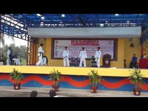demo tkd parit sulong 2014