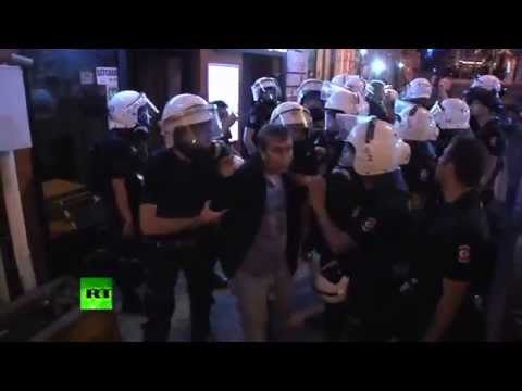 Video: Turkish police teargas, water cannon Gezi protesters