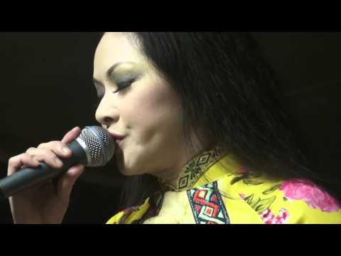 Đường xưa lối cũ - Như Quỳnh Live (2013)