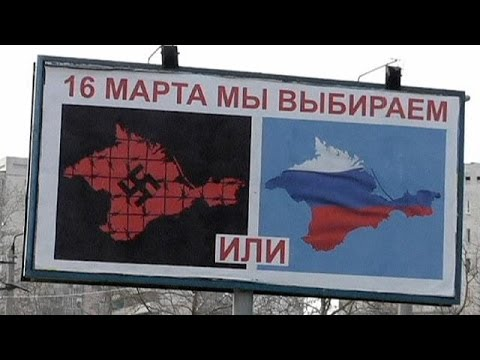 Crimea: Pro-Russian billboard campaign urges people to vote in referendum