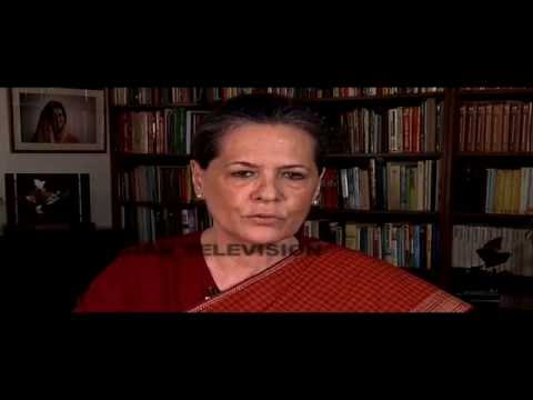 Sonia Gandhi rescues Rahul Gandhi in TV appeal