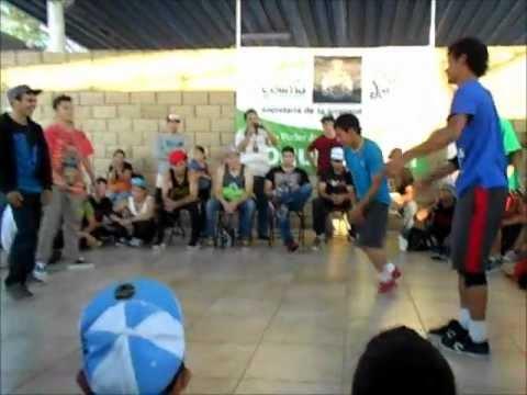 DANCING IN THE WATER - BATALLAS DE BREAK DANCE