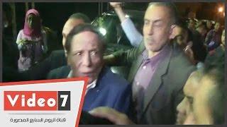 فيديو مؤثر لحظة بكاء عادل إمام.. شوفو شنو وقع |
