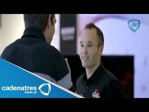 ¡¡¡SORPRENDENTE BROMA!!! Andrés Iniesta se hace pasar por vendedor de teléfonos