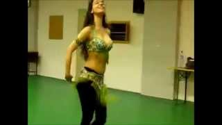 INDIAN PUNJABI SONG-BELLY DANCING.MANDEEP MANDHALI