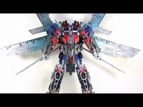 Video Review of the Transformers 3 Dark of the Moon (DOTM) ; Ultimate Optimus Prime, Optibotimus Video Review of the Transformers 3 Dark of the Moon (DOTM) ; Ultimate Optimus Prime Since i changed my style a bit in this video...If you want to...
