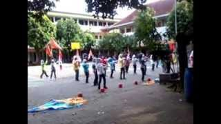 Drumband sekolah Dji, Surakarta view on youtube.com tube online.