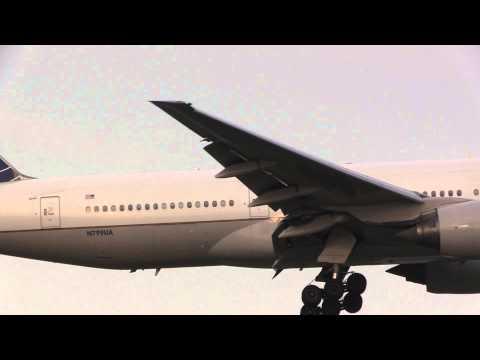 United Air Lines Boeing 777-222  Landing NRT 16R
