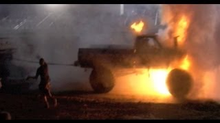 [PULL OFF SHOW OFF MUD TRUCK FIRE!] Video