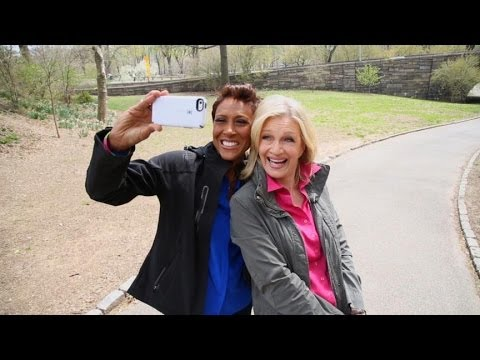 Robin Roberts Tells Her Story in 'Everybody's Got Something'