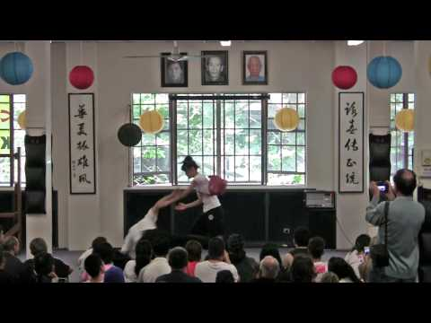 Wing Chun vs Bag Snatchers (Open Day 2013)