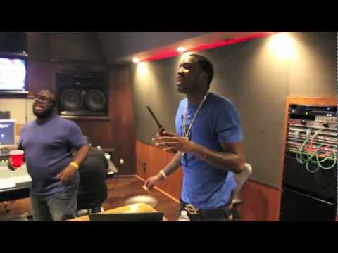 WinnersCircle Presents Meek Mill Brings Producer Allsteezy To La To Work In The Boom Boom Room