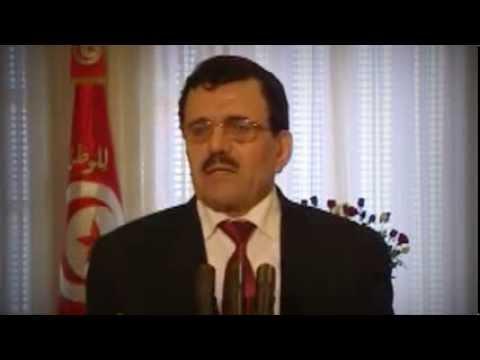 image vidéo ردة فعل علي العريض لحظة إعلانه لتقديم استقالة حكومته