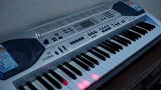 Casio Keyboard LK-90 Plays Itself And The Keys Light Up