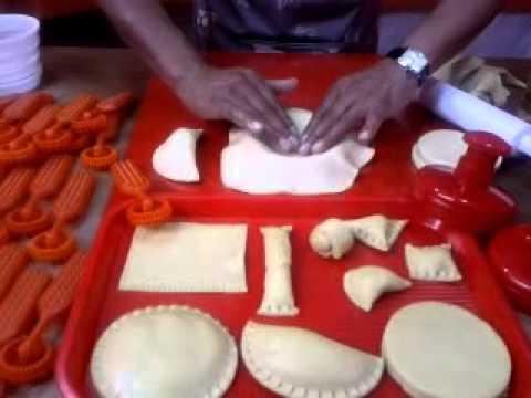 Moldes para hacer arepas, empanadas y pasabocas