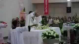 Missa Do Pe. Robson Do Divino Pai Eterno Em Barretos