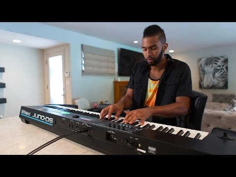 Roland JUNO DS 61 Key Portable Synthesizer