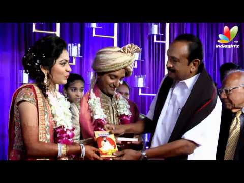 Governer Rosaiah, Vaiko, Sathyaraj at Vijay Tv Anchor Ramya and  Aparajith Marriage Reception